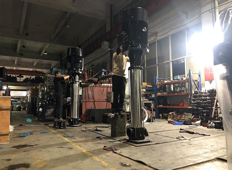 16立方轻型多级立式不锈钢离心泵价格,多少钱一